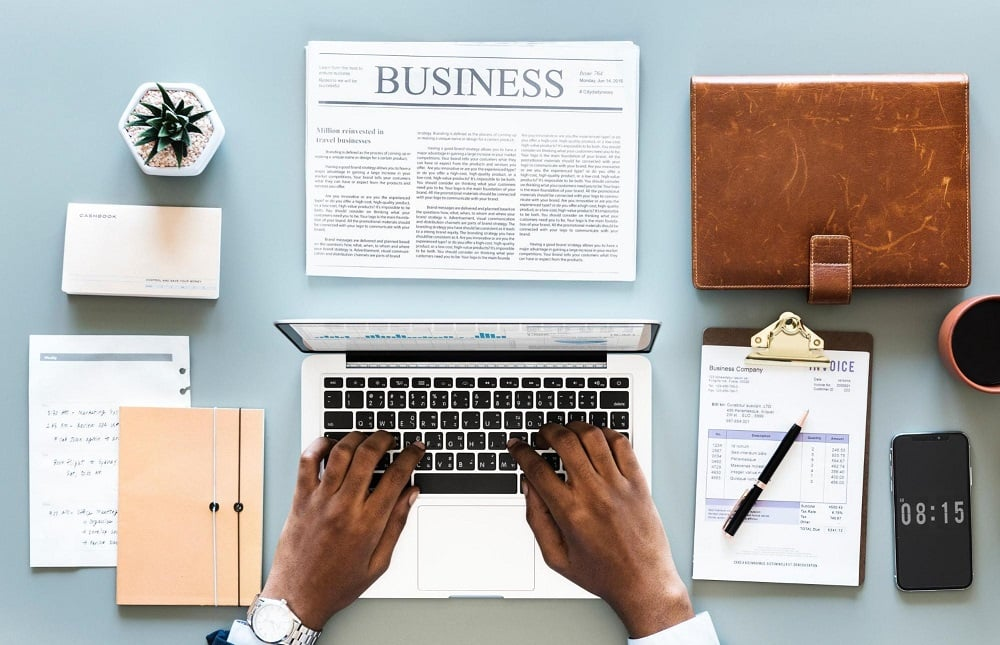 مجموعة متنوعة من قصص نجاح بعض الأفراد بالتجارة الإلكترونية